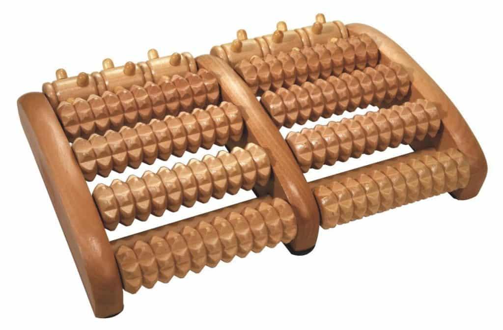 Fußmassagegerät aus Holz